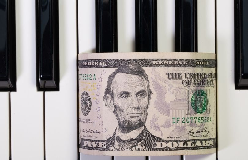 Finance Piano